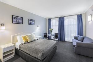 Best Western Cathedral Motor Inn - St Kilda Accommodation