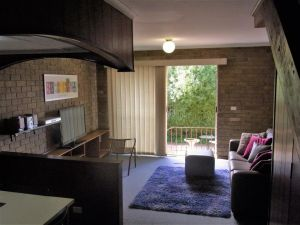 A Furnished Townhouse in Goulburn - St Kilda Accommodation