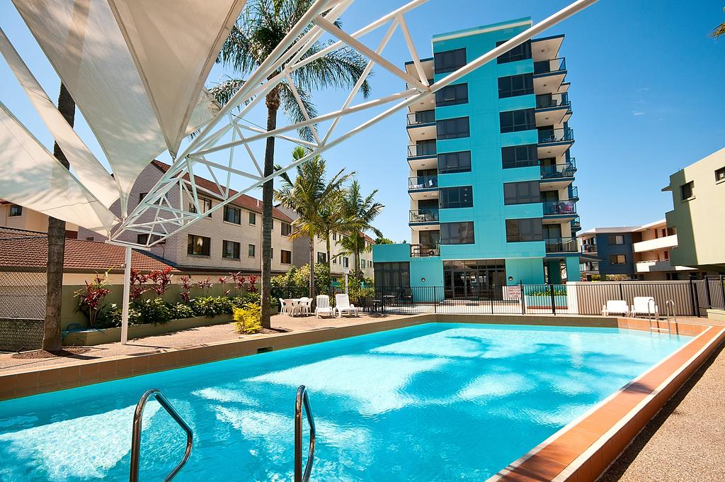 Aqualine Apartments On The Broadwater - St Kilda Accommodation