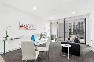 Astra Apartments Wollongong CBD - St Kilda Accommodation